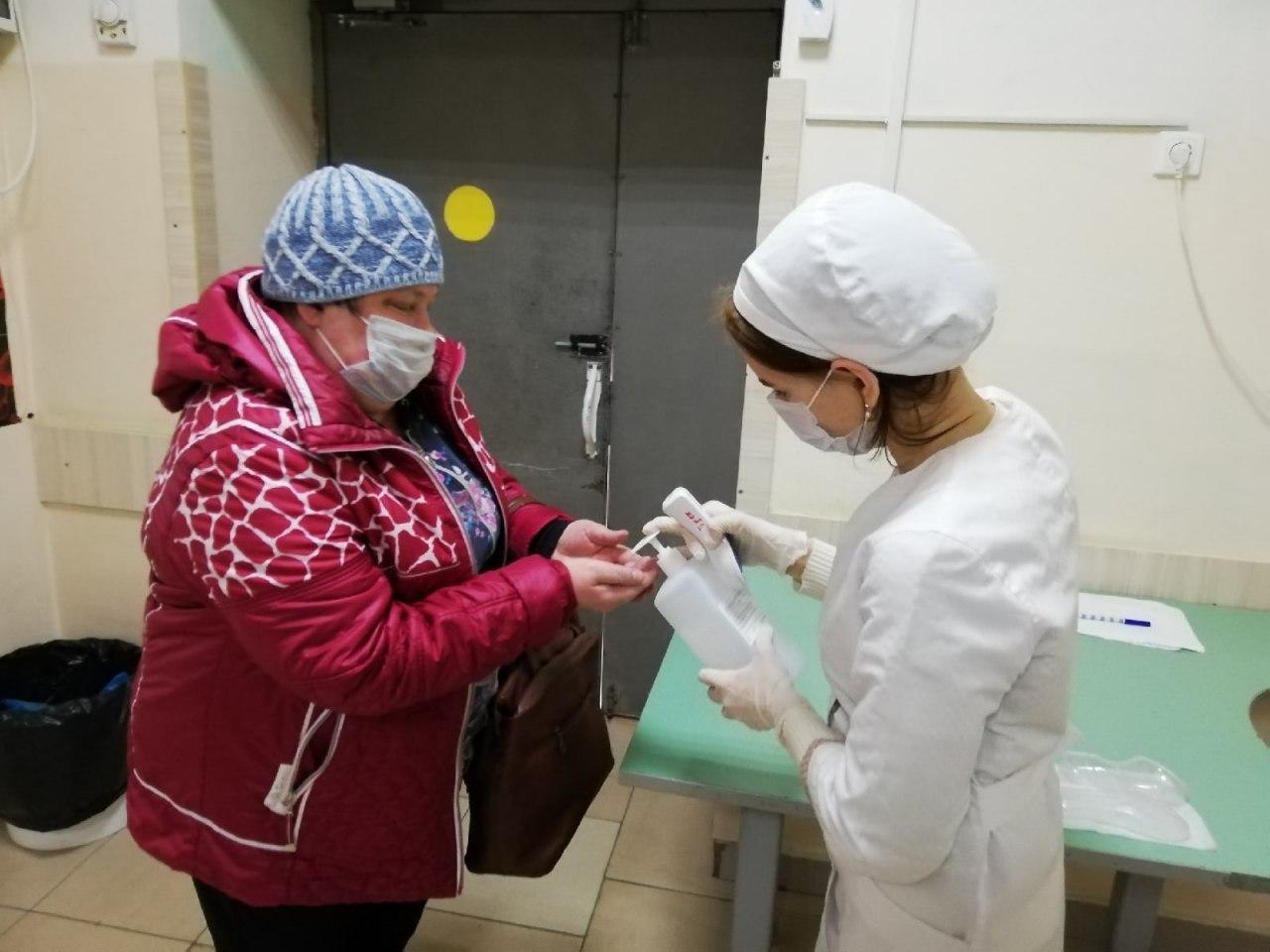 Волонтеров СГМУ за помощь в пандемию наградили медалями Президента России