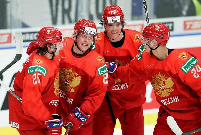 После победы молодежной сборной России над канадцами Панков напомнил о ледовом дворце в Вольске