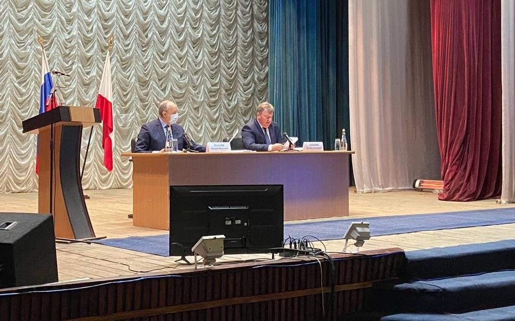 Радаев потребовал от чиновников понимания запросов саратовцев
