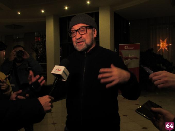 В Саратове Шевчук предложил вместо «Голоса» устроить конкурсы таксистов, хлеборобов и каменщиков