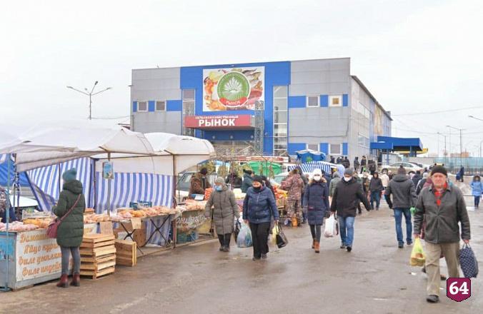 Губернатор напомнил о важности контроля за ценами на саратовском рынке