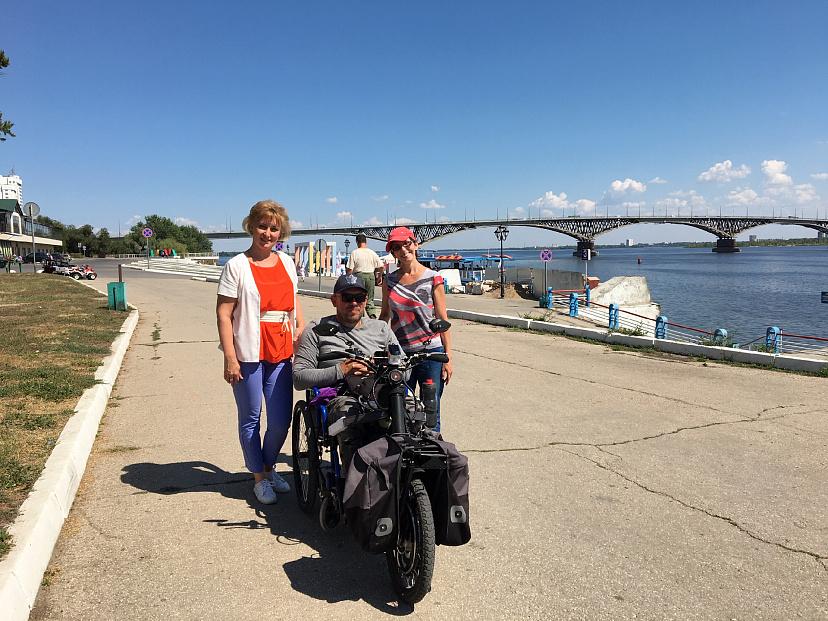 Ради поездки в Крым инвалид-колясочник жестко экономил год сидя на гречке