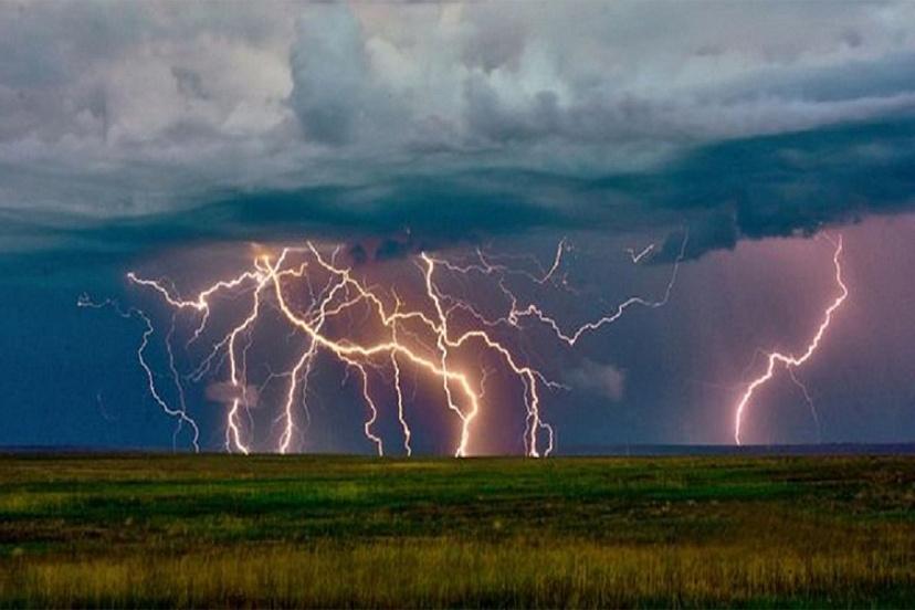 31 июля в Саратовской области ожидаются шквалистый ветер и грозы